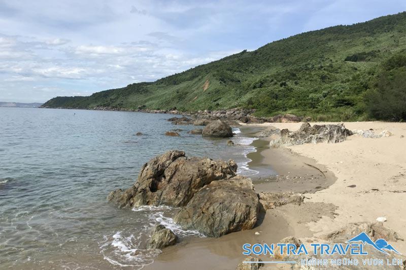 Bãi Biển Sủng Cỏ