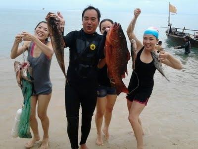 Tour lặn bắn cá tại Hòn Chảo